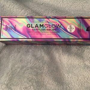 Bnib Glamglow cleanser